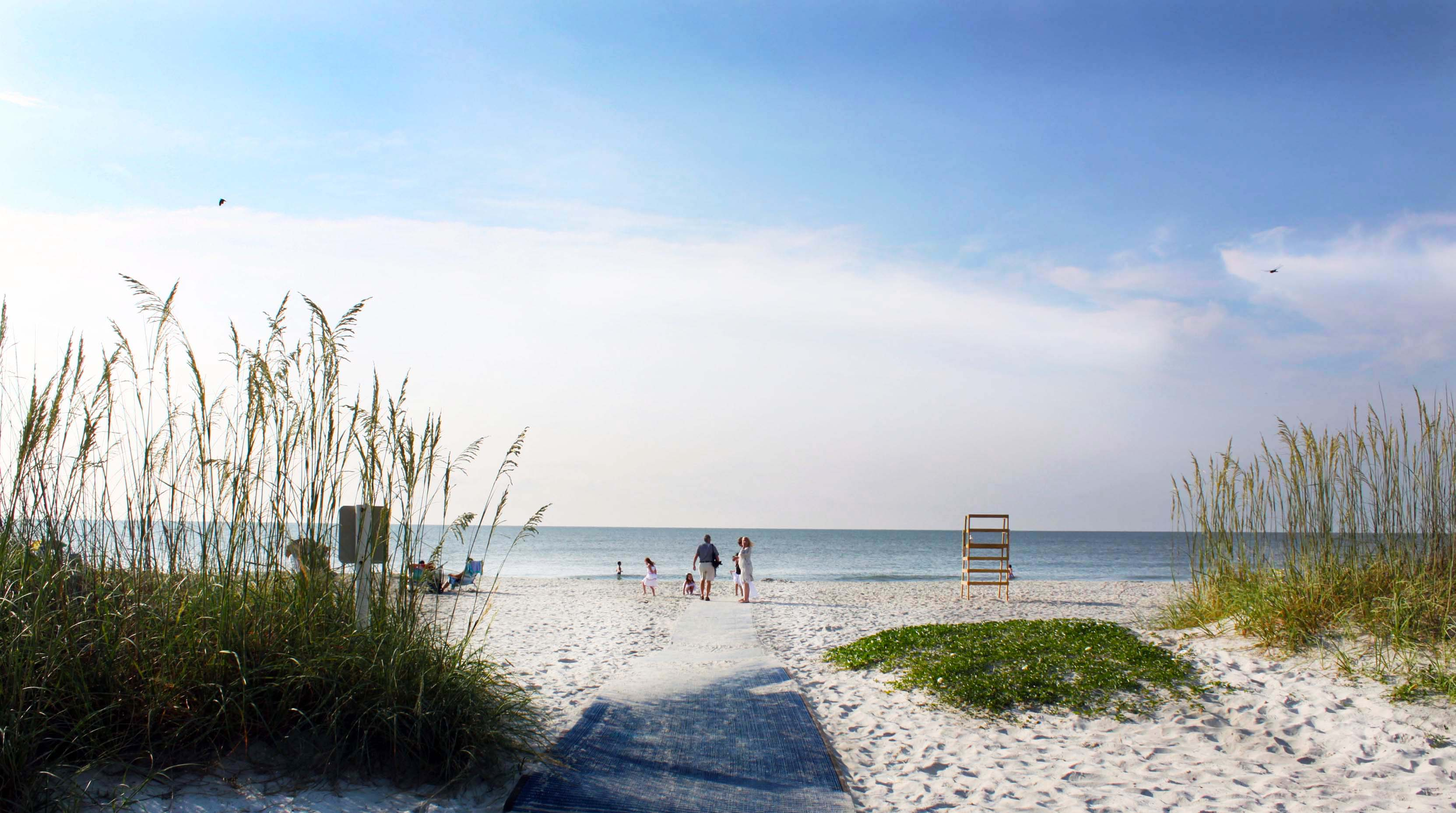 Visit Hilton Head Island The Official Travel Tourism Guide To Sc Find Hotels Golf Vacation Als Events Restaurants Real